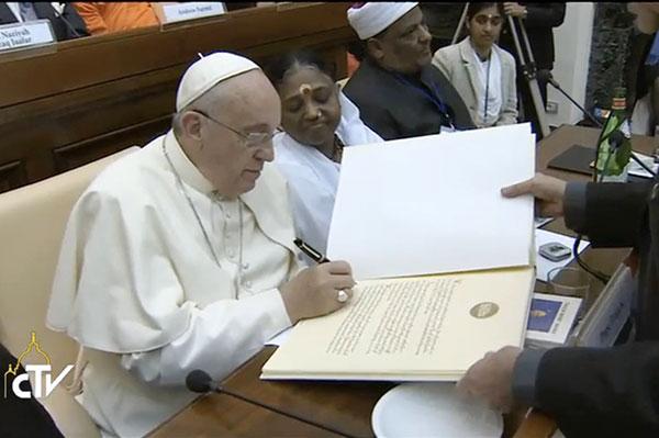 14amma-pope6